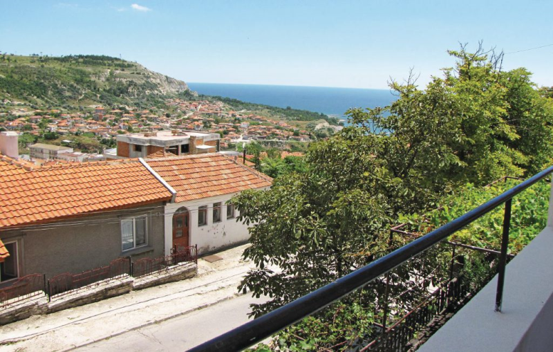 1162370, Apartment in Balchik, Northern Black Sea coast, Bulgaria for 6 persons...