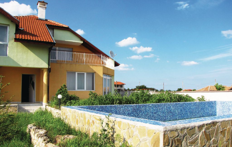 1162399, Holiday house  with private pool in Village Of Tynlenovo, Northern Black Sea coast, Bulgaria for 7 persons...