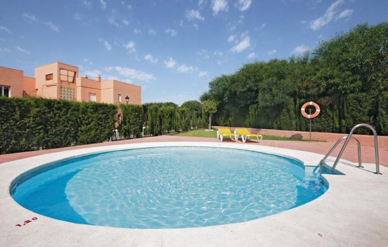 1162473,Apartamento  con piscina privada en Manilva, Andalucía, España para 4 personas...
