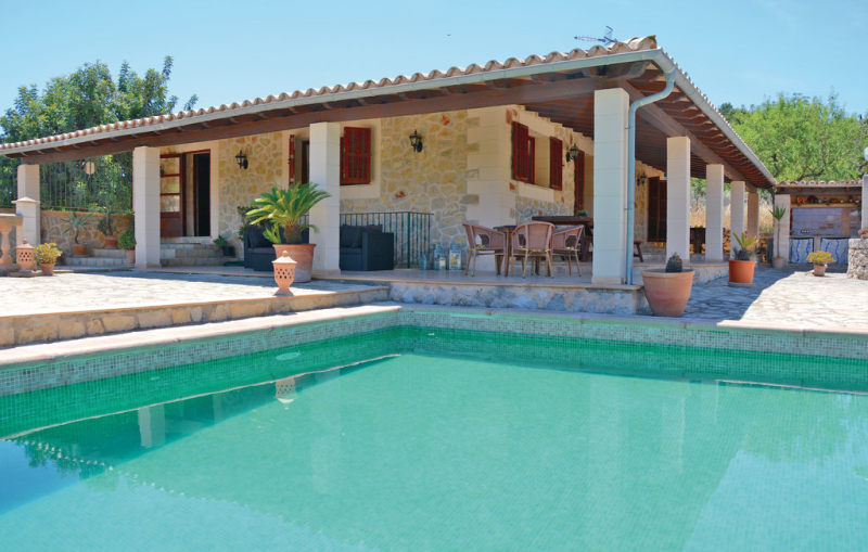 1163740,House in Caimari, Mallorca, Spain  with private pool for 8 persons...