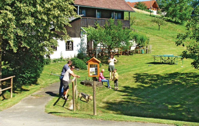 1165299,Casa  con piscina comunitaria en Bad Gleichenberg, Styria, Austria para 3 personas...
