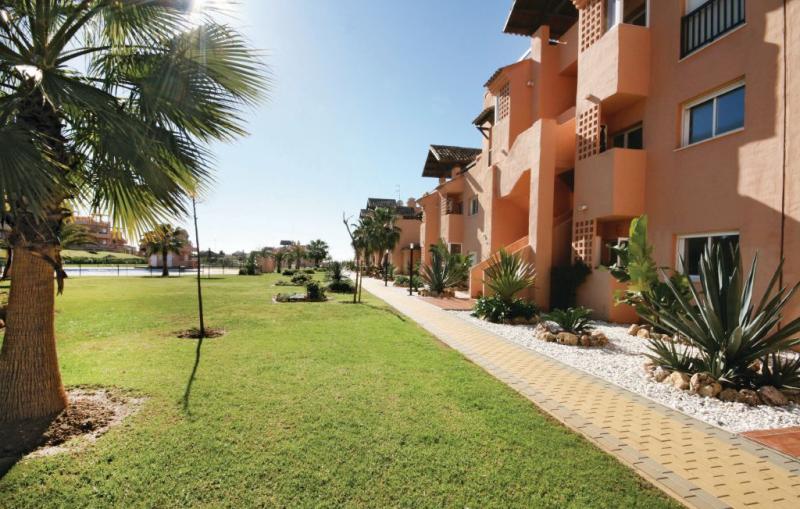 1166055,Apartamento  con piscina privada en Casares, Andalucía, España para 4 personas...