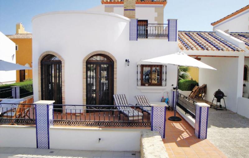 1166565,Casa  con piscina privada en Algorfa, en la Costa Blanca, España para 6 personas...