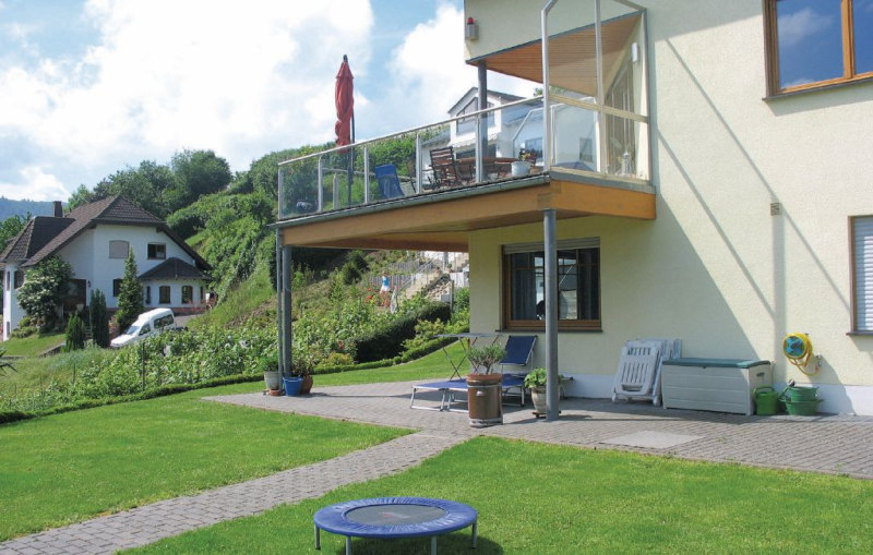 1167278,Apartamento en Pölich, Rhine-Ahr-Lahn, Alemania  con piscina comunitaria para 4 personas...