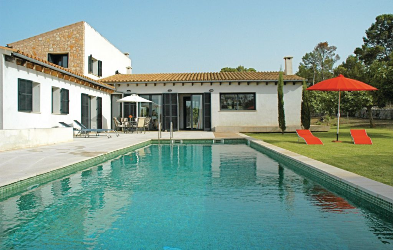 1168727,House in Montuiri, Mallorca, Spain  with private pool for 8 persons...