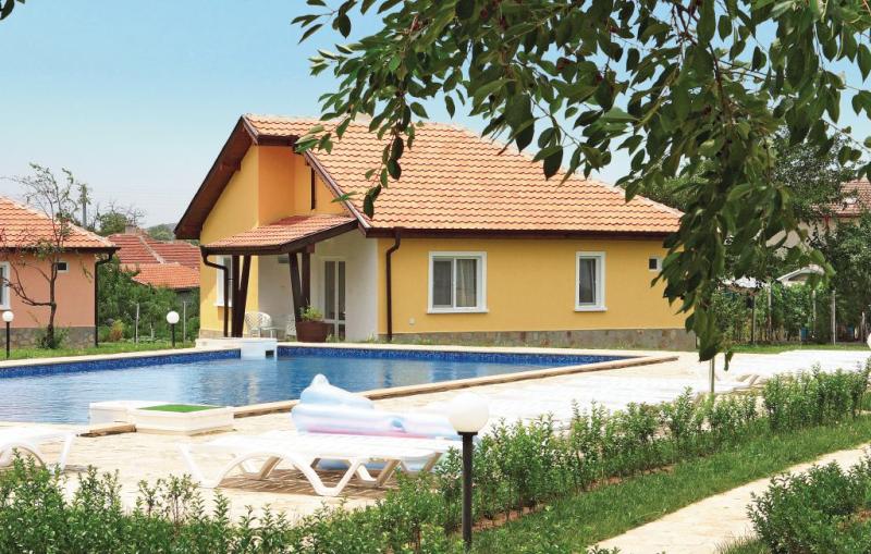 1171465,Vivienda de vacaciones en Bryastovec, Sunny beach - Burgas North, Bulgaria  con piscina privada para 6 personas...