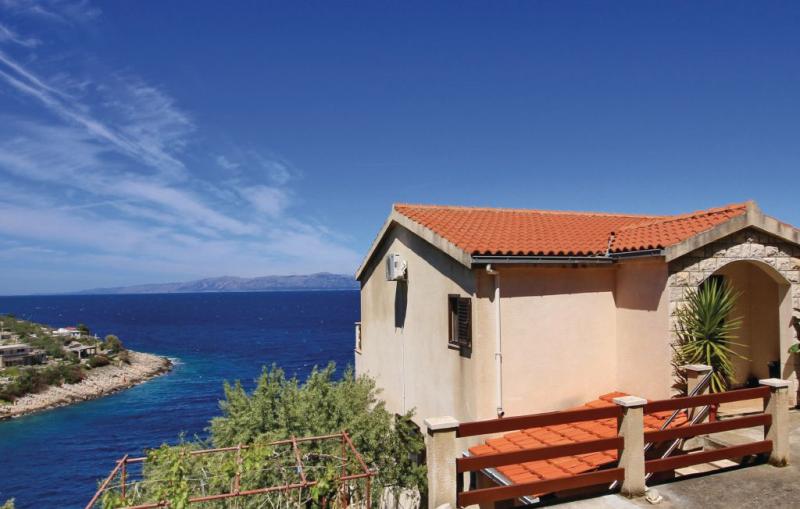 1173315,Apartamento en Blato, Dalmatia Islands, Croacia para 3 personas...