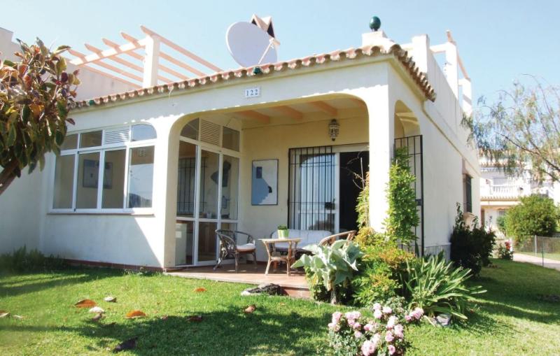 Casa montesol 1174411,Vivienda de vacaciones  con piscina privada en Torrox, Andalucía, España para 4 personas...