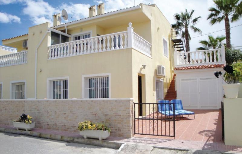 1174425,Апартамент   с частным бассейном на 4 человекa в Rojales, нa Коста Бланкe, в Испании...