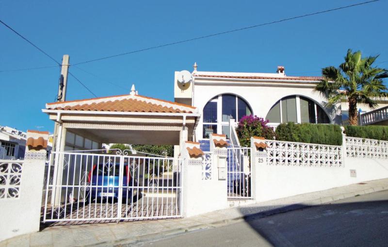 1179262,Casa  con piscina privada en Rojales, en la Costa Blanca, España para 5 personas...