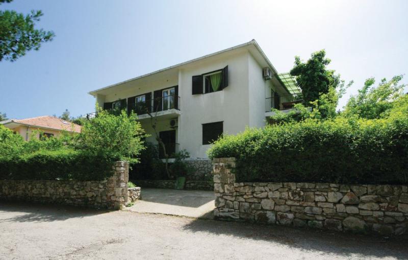 1181740,Apartamento en Jelsa, Dalmatia, Croacia para 4 personas...