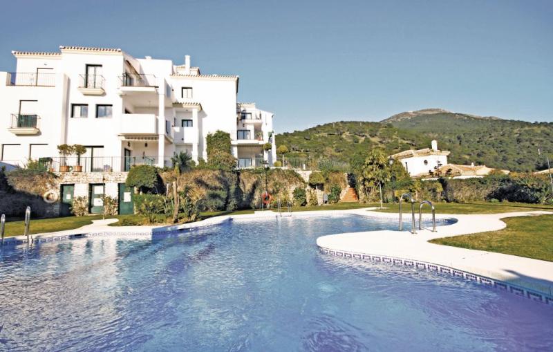 1181951,Apartamento  con piscina privada en Alhaurin el Grande, Andalucía, España para 4 personas...