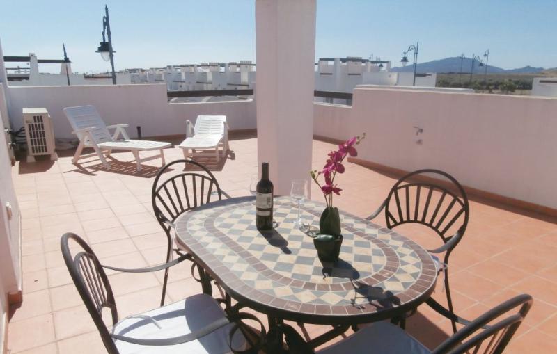 1183807,Apartamento  con piscina privada en Alhama de Murcia, Murcia, España para 4 personas...