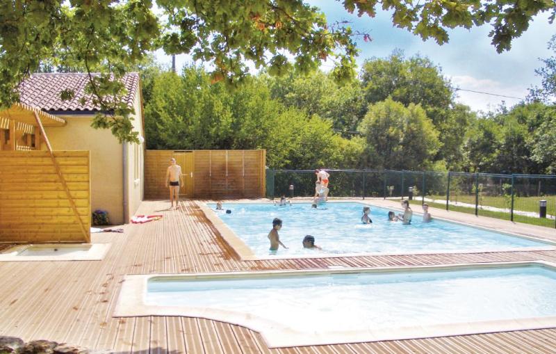 1138214,Apartamento  con piscina privada en Gramat (Rocamadour), Lot-et-Garonne, Francia para 4 personas...