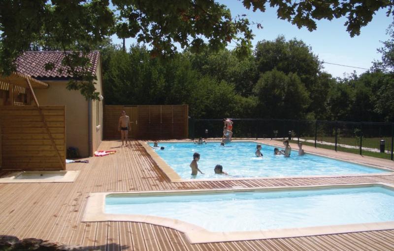1138215,Apartamento  con piscina privada en Gramat (Rocamadour), Lot-et-Garonne, Francia para 6 personas...
