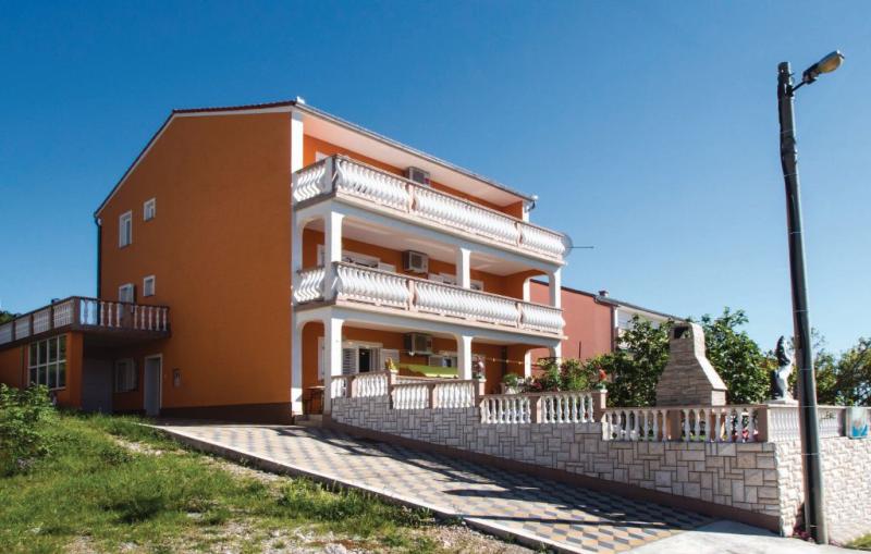 112502,Apartamento en Senj, Lika-Senj, Croacia para 8 personas...