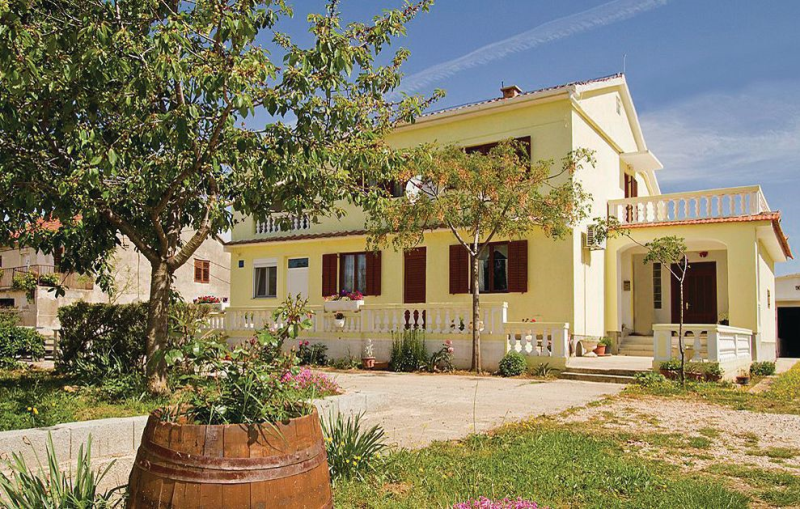 1118091,Apartamento en Poljica, Dalmatia, Croacia para 4 personas...