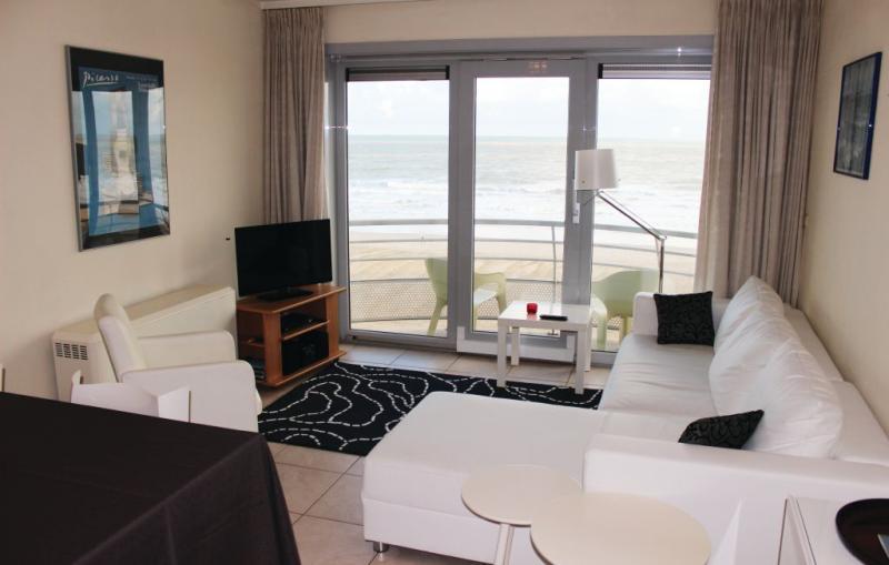 Residentie zeezicht ref 48 1143431,Apartamento en Oostende, Vlaams Gewest, Bélgica  con piscina privada para 5 personas...