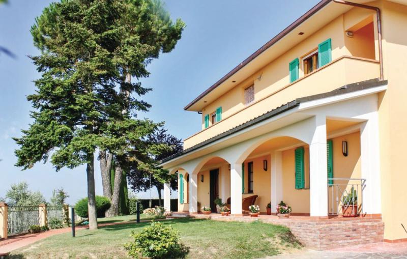 1155764,Apartamento en Marti Pi, en Toscana, Italia para 6 personas...