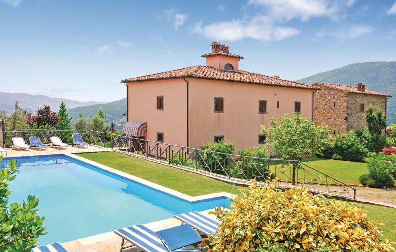 Villa castelluccio 14 1156026,Casa grande  con piscina privada en Subbiano Ar, en Toscana, Italia para 14 personas...