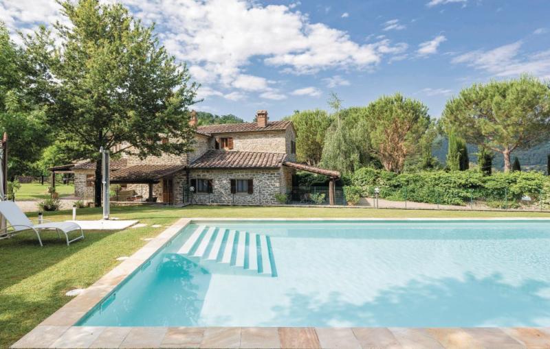Vogognano 1156028,Vivienda de vacaciones  con piscina privada en Subbiano Ar, en Toscana, Italia para 6 personas...