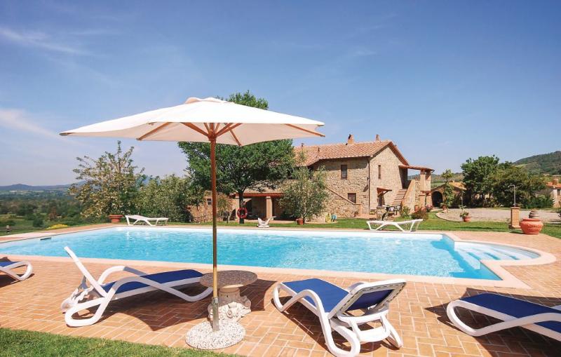 Cortilla 3 1156289,Apartamento  con piscina privada en Cinigiano Gr, en Toscana, Italia para 5 personas...