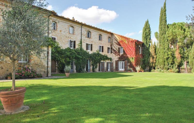 Apparita 1156298,Casa grande  con piscina privada en Paganico Gr, en Toscana, Italia para 6 personas...