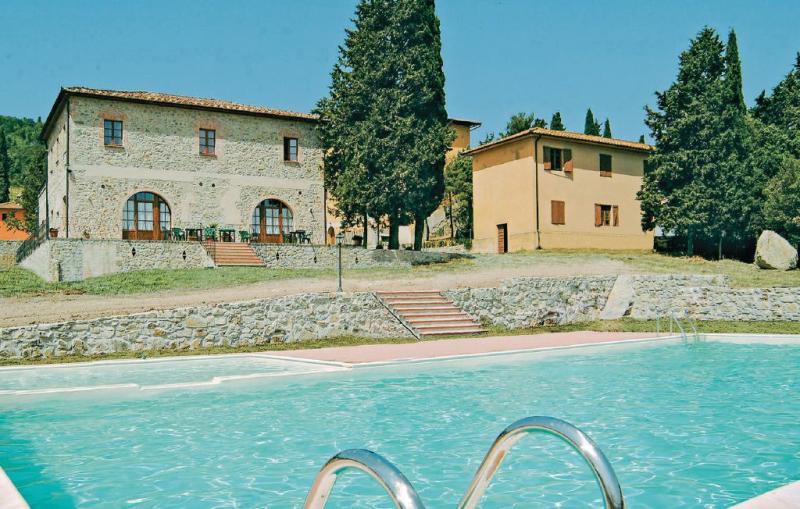 Monterufoli 2m 1156397,Apartamento en Pomarance Pi, en Toscana, Italia  con piscina privada para 4 personas...
