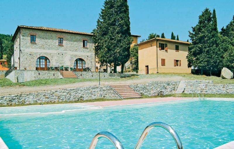 Monterufoli 5s 1156400,Apartamento en Pomarance Pi, en Toscana, Italia  con piscina privada para 4 personas...