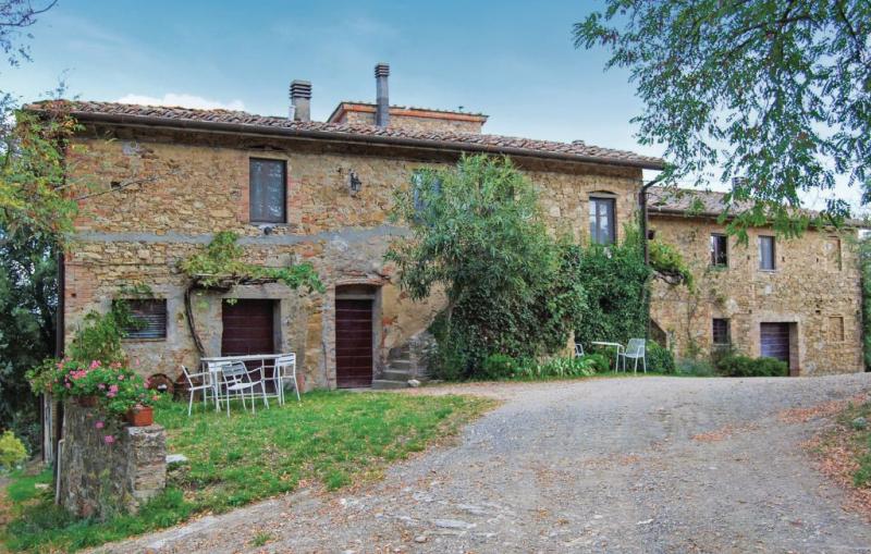 Travicello 1 1156414,Apartamento en Gambassi Fi, en Toscana, Italia  con piscina comunitaria para 4 personas...