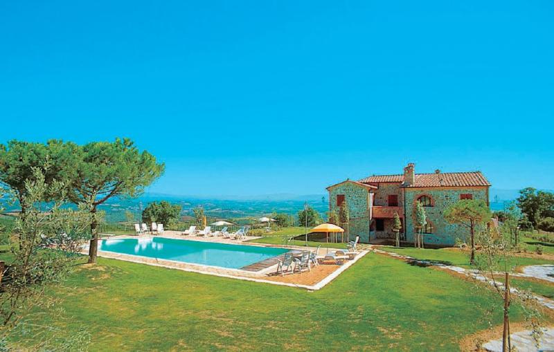 Teodoro 1 1156506,Apartamento  con piscina privada en Torrita Di Siena Si, en Toscana, Italia para 6 personas...