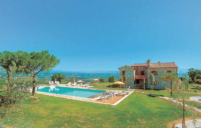 Teodoro 3 1156508,Apartamento en Torrita Di Siena Si, en Toscana, Italia  con piscina privada para 4 personas...