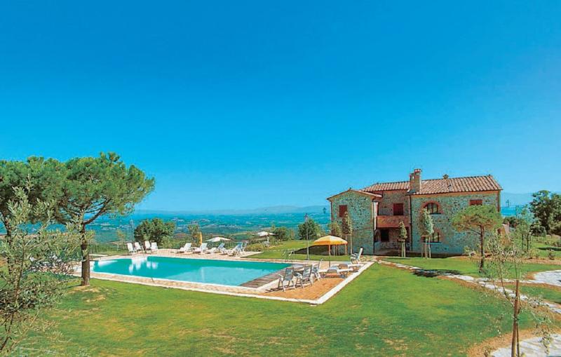 Teodoro 5 1156510,Apartamento  con piscina privada en Torrita Di Siena Si, en Toscana, Italia para 4 personas...