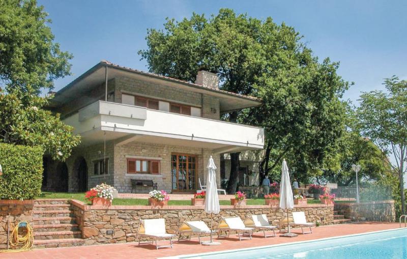 Villa laia 1156961,Casa grande  con piscina privada en Rigomagno-Sinalunga Si, en Toscana, Italia para 14 personas...