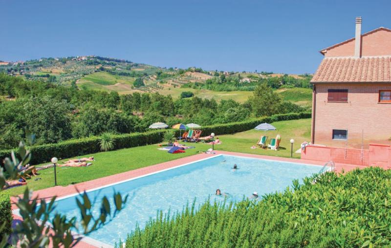 Casale del borgo 12 1157210,Apartamento en Montaione Fi, en Toscana, Italia  con piscina privada para 4 personas...