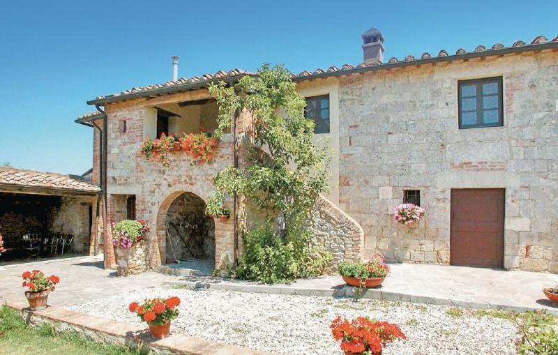Palazzina 1157228,Casa  con piscina privada en Ville Di Corsano Si, en Toscana, Italia para 6 personas...