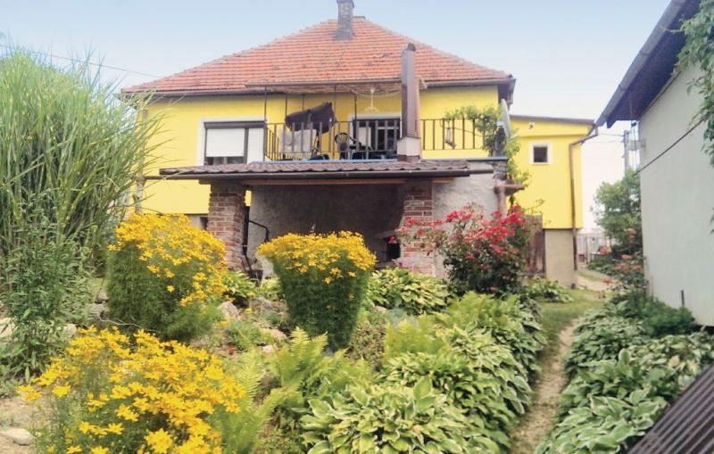 1157335,Casa en Nitrianske Rudno, Central Slovakia, Eslovaquia para 8 personas...