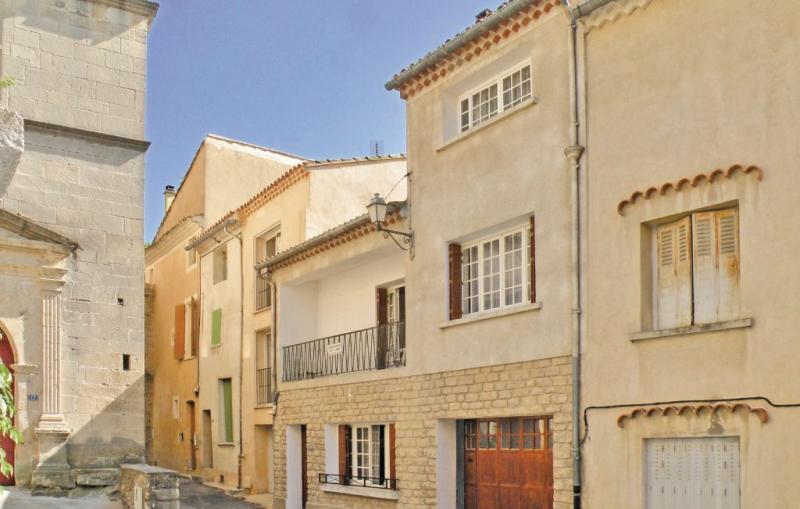 1157541,Vivienda de vacaciones en Malaucene, Provence-Alpes-Côte d'Azur, Francia  con piscina comunitaria para 6 personas...