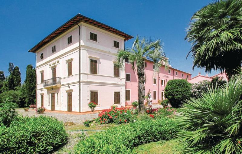 Primula 15 1157657,Apartamento en Cecina Li, en Toscana, Italia  con piscina privada para 6 personas...