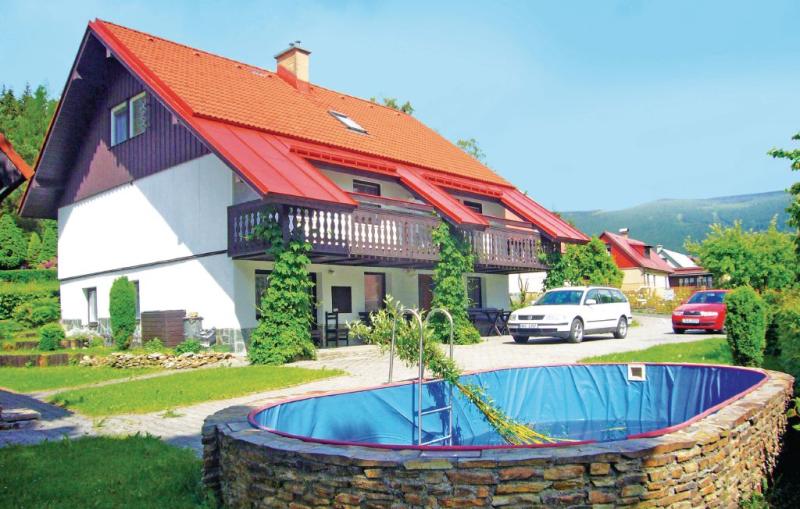 1157973,Apartamento  con piscina privada en Rokytnice N. Jizerou, Královéhradecký kraj, Chequia para 5 personas...