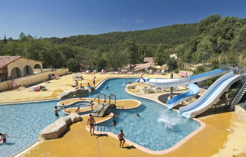 1158369,Apartamento  con piscina privada en Salavas, Ardèche, Francia para 4 personas...