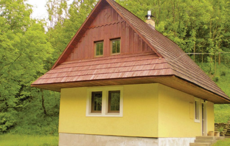 1158416, House in Zázrivá, Tatra Mountains, Slovakia  with communal pool for 6 persons...