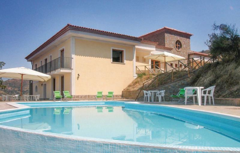 Villa il pino 1158785,Casa grande  con piscina privada en Montecorice Sa, Naples, Italia para 24 personas...