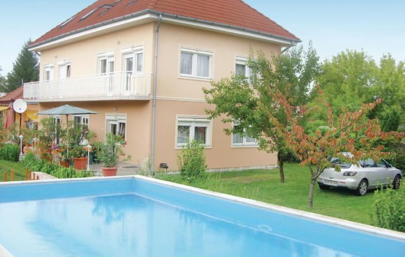 1159212,Apartamento en Zamárdi, Balaton Somogy, Hungría  con piscina privada para 4 personas...
