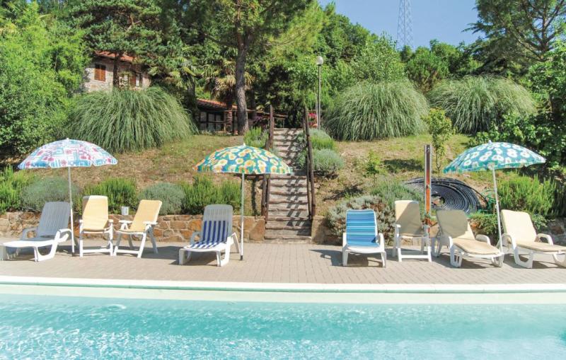 Casa montecchi 1159690,Casa en Subbiano Ar, en Toscana, Italia  con piscina comunitaria para 8 personas...