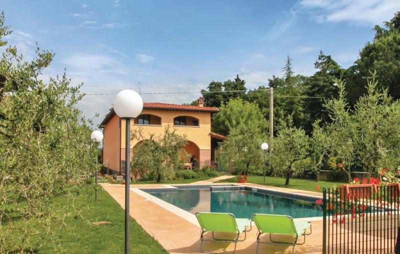 1160338,Casa  con piscina privada en Arezzo, en Toscana, Italia para 12 personas...