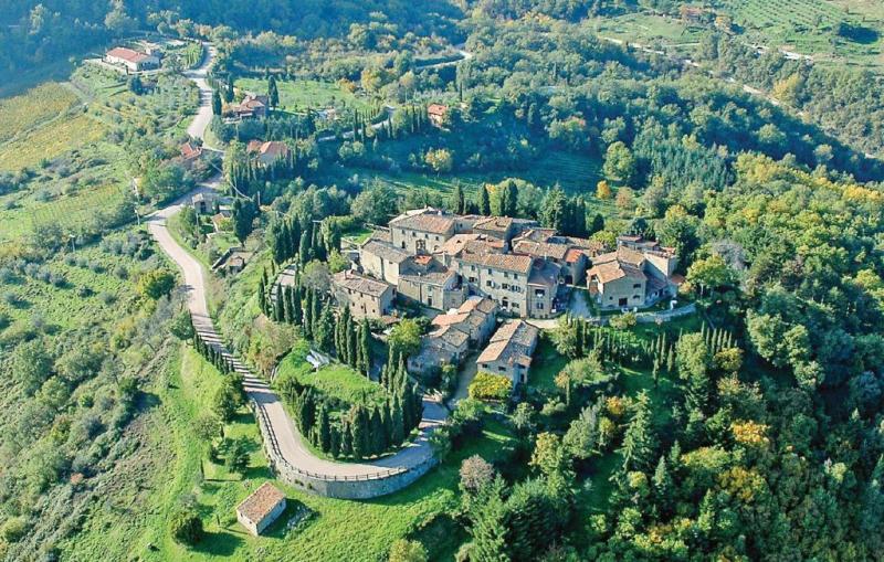 Geranei 1160346,Apartamento  con piscina privada en Gaiole In Chianti Si, en Toscana, Italia para 6 personas...