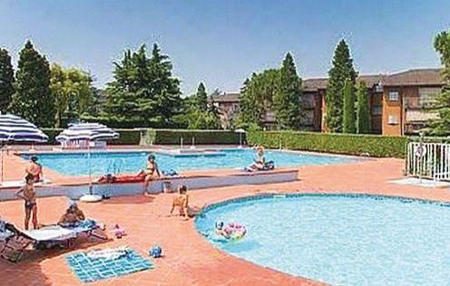 Easy apartments peschiera 4 1160359,Apartamento en Peschiera Del Garda Vr, Lake Garda, Italia  con piscina privada para 6 personas...