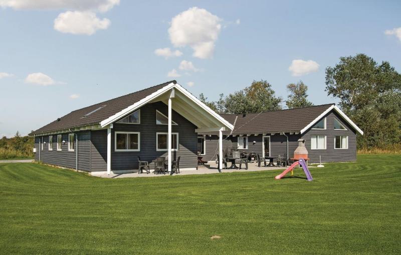 1160436,Casa  con piscina privada en Idestrup, Lolland, Falster and Mon, Dinamarca para 22 personas...