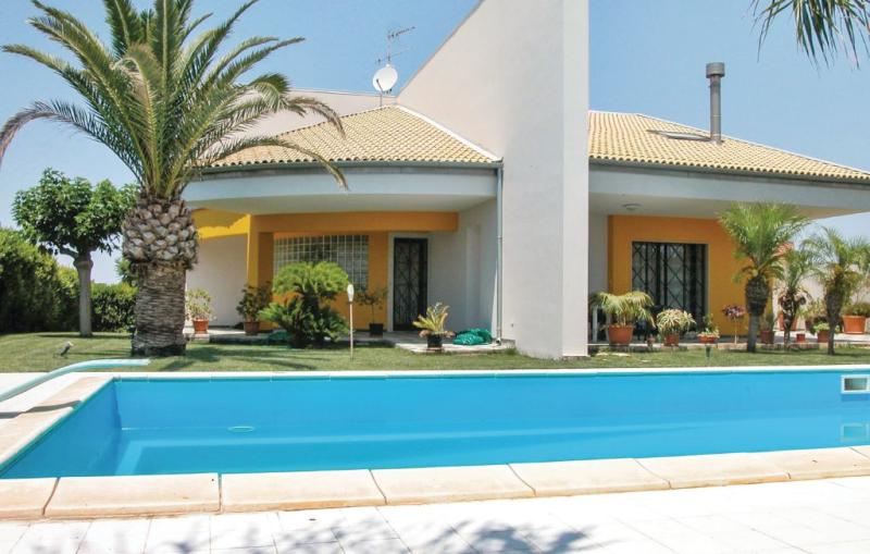 Villa claudia 1161400,Casa grande  con piscina privada en S. Croce Camerina Rg, Sicily, Italia para 12 personas...